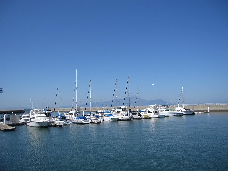 ヨットを眺めていると冒険をしたくなりませんか?