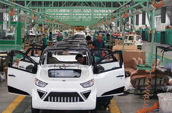 参考写真、中国の自動車組立工場 ( AFP/AFP/Getty Images)