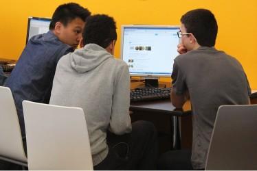 中国人留学生は、生活のために買い物はできるが、人付き合いは苦手(Leaf project/Flickr)