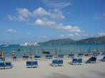 外国人旅行客に人気の高いタイのプーケット島(jeiline/Flickr)