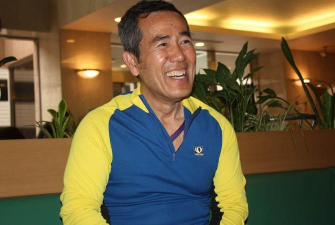 エコ・スローマラソン主催者、西一さん。2015年4月4日、千葉県印旛市の会場で(撮影:大紀元 Robert Gray)