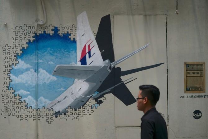 2014年3月8日に行方不明なったマレーシア航空MH370便ボーイング777機、未だ謎に包まれたままである (MOHD RASFAN/AFP/Getty Images)