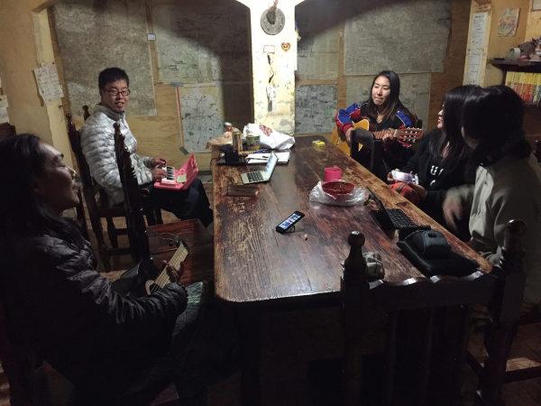 メキシコの日本人宿に宿泊する旅人(田中さん提供)