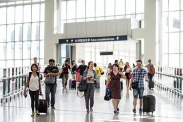 スカイトラックスが16日に世界の空港ベスト10を発表、日本の3空港がランクイン。写真は5位の香港国際空港(大紀元資料)