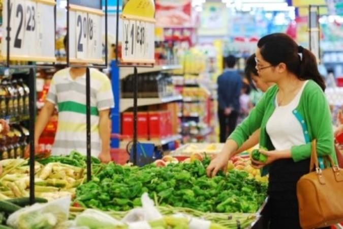 中国では2月の消費者物価の上昇率が前年比2.3%増、野菜と豚肉の価格が急上昇した(Getty Images)