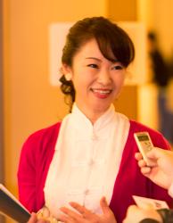 「綺麗な衣装と表情が印象的」4月19日に名古屋で神韻公演を鑑賞した朝霞さん(牛彬/大紀元)
