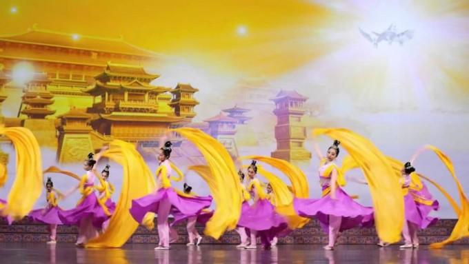伝統復興の舞台、日本要人からお祝いのメッセージ