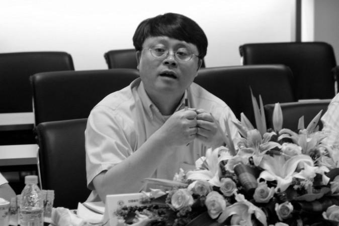 上海市郊外の秘密の場所に拘束されているとの情報がある江沢民氏の長男・江綿恒氏 。写真は2015年、中国科学院の会議で発言する同氏(Chinese Academy of Sciences)