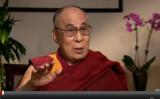 ダライ・ラマ14世はこのほどドイツメディアの取材に応じ、中国は現在大きな転換期を迎えているとの見方を示した。もし条件が整ってチベットへの帰郷が果たせるなら、それが短期滞在であっても構わないとも語っていた(動画スクリーンショット)
