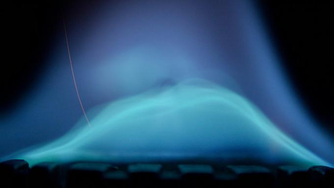 最近の研究で、青い「きれいな」炎を特定した(The Harry Manback/flickr)