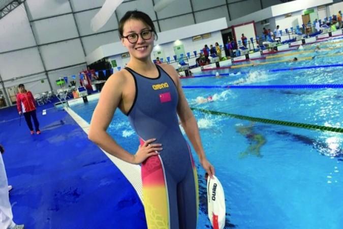 リオ五輪で競泳女子100メートル背泳ぎで銅メダルを獲得した傅園慧選手(傅園慧微博)