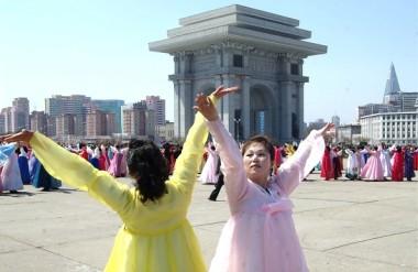 情報統制とプロパガンダの強い北朝鮮。人々は、中国や日本についてどのように考えているのか(GettyImages)