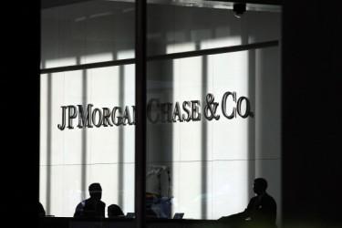米大手のJPモルガン・チェース銀行が、現地政府高官の親族などを中国支社が違法に雇用した問題で、米当局に総額2億6400万ドル(288億円)の罰金を支払うことで和解 (Photo by Spencer Platt/Getty Images)