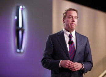 米自動車大手フォード・モーターのビル・フォード会長は17日、ドナルド・トランプ次期大統領に対して、同社高級車ブランド「リンカーン」の生産をケンタッキー工場からメキシコの工場に移転しないと報告した。(Getty Images)