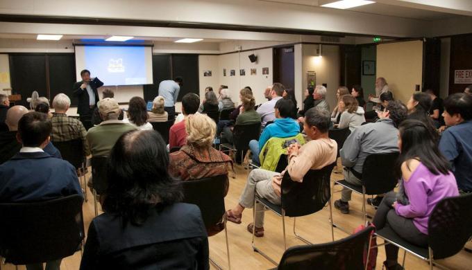 米国のスタンフォード大のベッテル国際センター(Bechtel International Center)で14日、国際的な賞を受賞したドキュメンタリー映画「人狩り(Human Harvest)」の上映会が行われた。(minhui.net)