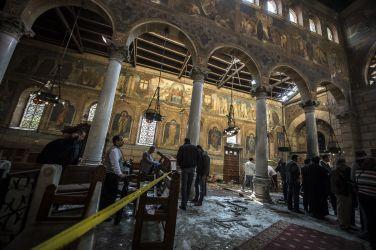カイロのサンマルコ大聖堂に隣接する教会で爆発、25人が死亡した(KHALED DESOUKI/AFP/Getty Images)