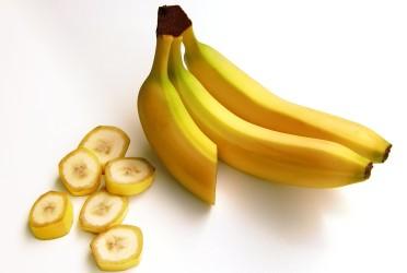 保存食の食べ過ぎで皮膚がバナナ色に(Security/Pixabay)