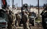イラク軍はモスル西部を攻略中(Photo credit should read ARIS MESSINIS/AFP/Getty Images)