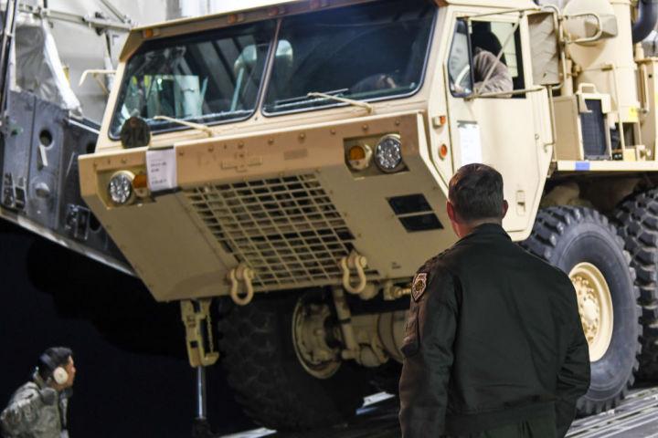 3月7日、韓国に到着したTHAADミサイル(United States Forces Korea via Getty Images)