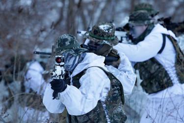 チーム6は別名、海軍特殊戦開発グループと呼ばれており米海軍特殊作戦部隊(Navy SEALs)の中でも最精鋭のチームだ(写真はイメージ) (Photo by Chung Sung-Jun/Getty Images)