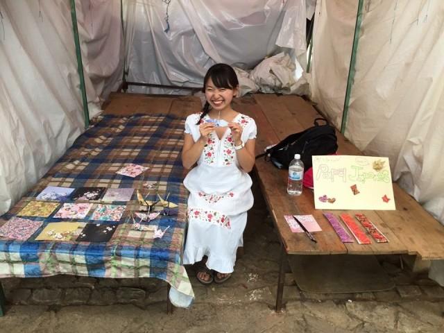 リストの項目の1つ「1円でもお金を稼いでみる」はメキシコで折り紙を売って達成(田中美久 撮影)