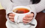 お茶を淹れたら、ゆっくりと待つこと。茶葉の活性成分が浸みだしてきます(Adam Otvos/Shutterstock)