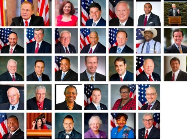 決議案はニューヨーク州42選挙区のジョン・ボナシック上院議員が発起し、63人の議員全員により可決された(明慧ネット)