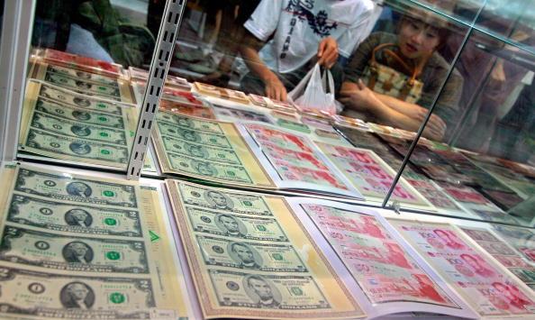 19日に米中高官が出席する「米中包括経済対話」で、農産物や金融サービスの市場開放をめぐって中国当局に圧力をかけるとみられる。(TEH ENG KOON/AFP/Getty Images)
