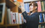 日本文学振興会は19日、第157回直木賞、芥川賞の選考会を東京・築地「新喜楽」で開催した。参考写真(モデル:河村友歌)