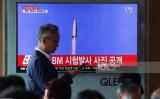 8月29日6時ごろ、北朝鮮は弾道ミサイルを発射。日本上空を越え太平洋に落下した(AFP/Getty Images)