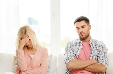 結婚生活に浮き沈みはつきもの。離婚したくなった時は、ちょっと立ち止まった方がいい(iStock)