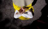 2012年、米ニューヨーク市で座禅する法輪功学習者(GettyImages)