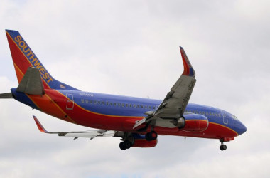 2016年9月19日、フェニックス・スカイハーバー国際空港で見られたサウスウエスト航空のジェット (DANIEL SLIM/AFP/Getty Images)