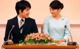 秋篠宮家長女・眞子様と小室圭さんのご婚約内定会見が都内で開かれた。(SHIZUO KAMBAYASHI/AFP/Getty Images)