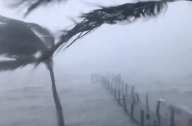 9月10日、米海軍がフロリダ州沿岸部キーウエストで撮影(@USNavy)