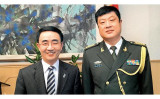 中国軍幹部とも交流をもつ楊健議員。(ネット写真)