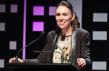 9月20日、23日のニュージーランド総選挙で政権交代が起きれば、環太平洋連携協定(TPP)参加国が目指す11月の合意に向けて障害となる恐れがある。写真は労働党のジャシンダ・アーダーン党首、ウエリントンで8月撮影(2017年 ロイター/Ross Setford)