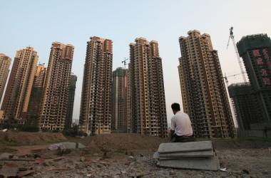 中国社会科学院が行った不動産市場調査では、4月西安市の住宅価格は前年同月比で73.89%急騰した(Photo by China Photos/Getty Images)