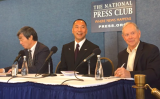 郭文貴氏は5日、米ワシントンにあるナショナル・プレス・クラブで記者会見を開いた。(ネット写真)