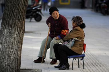 北京市当局は中国党大会開催中に、治安維持に85万人の民間監視員を投入したとみられる。(FRED DUFOUR/AFP/Getty Images)