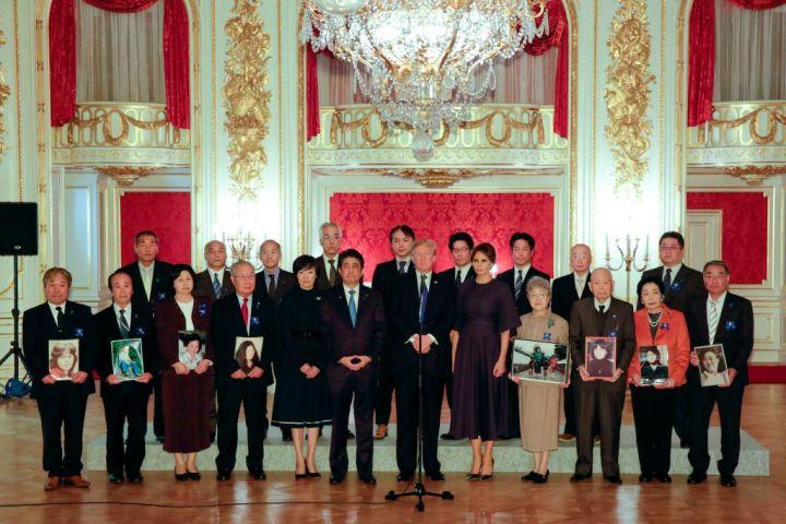 来日中のトランプ米大統領は6日午後、東京の迎賓館で、北朝鮮による拉致被害者の家族らと面会(Getty Images)