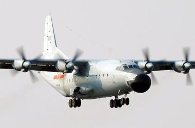 中国軍機の運-8(Y-8)、参考写真(Wikimedia)