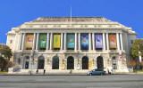 2018年、神韻芸術団のサンフランシスコ公演開催を告知する、戦争記念オペラハウスの広告(大紀元)