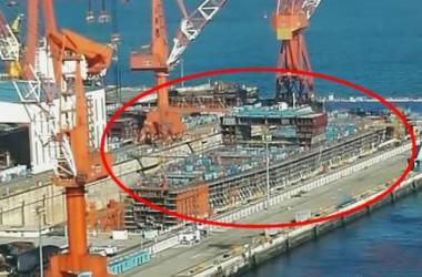ネットユーザーが撮影した建造中の中国2隻目の国産空母の写真(ネット写真)