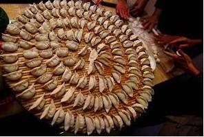 中国の年越しを祝う食べ物(Guang Niu/Getty Images)