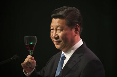 中国共産党中央委員会が25日、憲法が定める「2期10年を超えてはならない」との国家主席と副主席の任期を撤廃するなどの憲法改正案を発表した。(Greg Bowker – Pool/Getty Images)