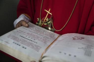 中国当局はこのほど、キリスト教正典「聖書」のネット通販を禁止したとみられる。(Getty Images)