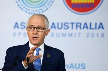 豪上院は12日、議員インターンシップにおいて外国人留学生を募集対象にしないこと決定した、と発表した。写真はマルコム・ターンブル豪首相(Dan Himbrechts-Pool/Getty Images)