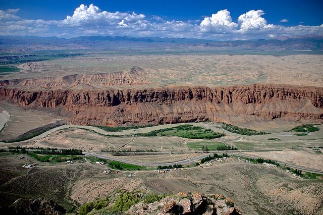 キルギス共和国ナリン高地 写真2014年7月に撮影されたもの(yuichi hayakaw/Flickr)