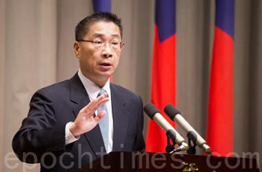 台湾行政院の徐国勇報道官は18日、中国軍が台湾海峡付近で行う「実弾軍事演習」について、「規模が小さく、定例訓練に過ぎない」と話した。写真は徐国勇氏(大紀元資料室)
